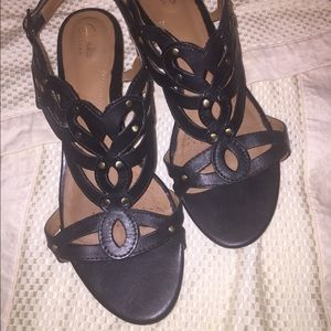 Lady's Clarks Artisan shoes